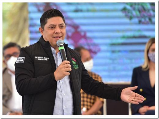 280921 Gobernador Gallardo libre manifestación